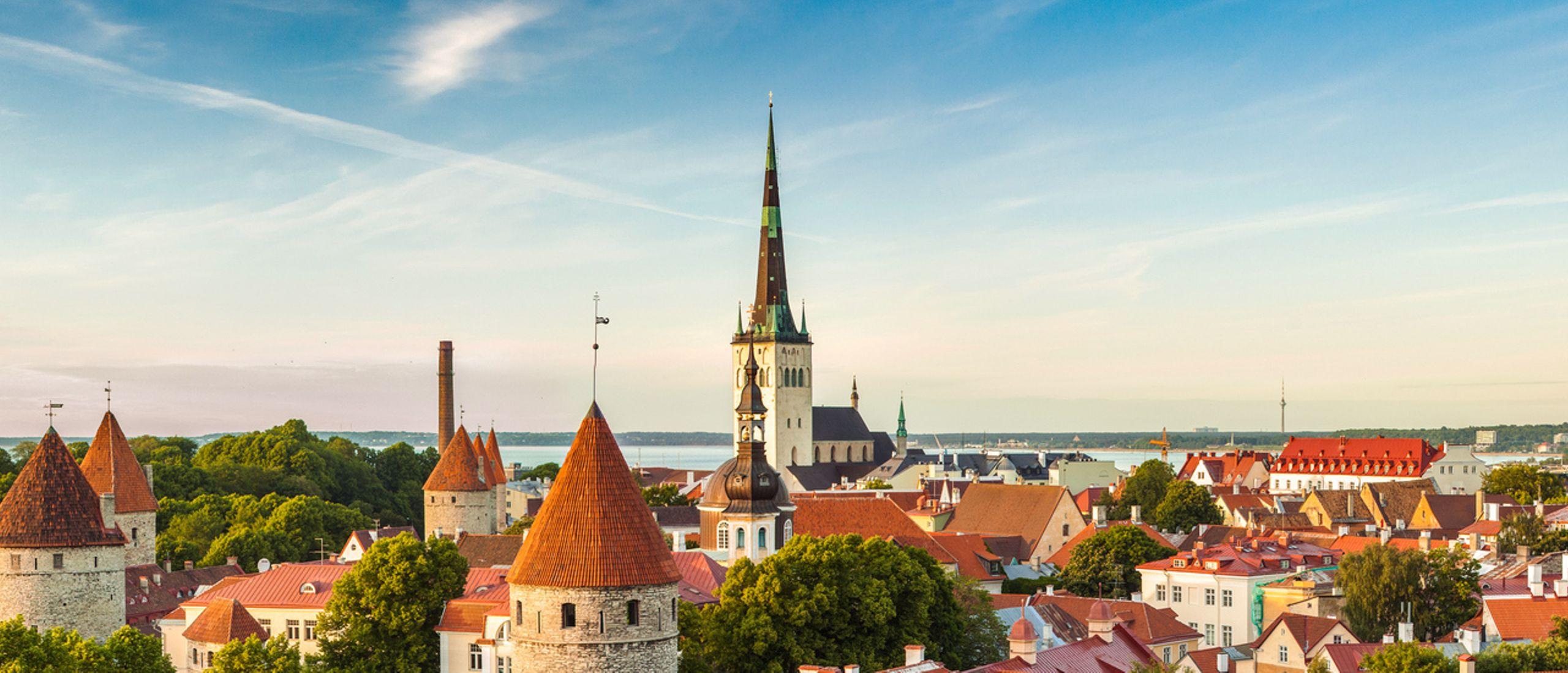 a6b99e49c38 Tallinn Old Town and Kalamaja Walking Tour - Private Tour